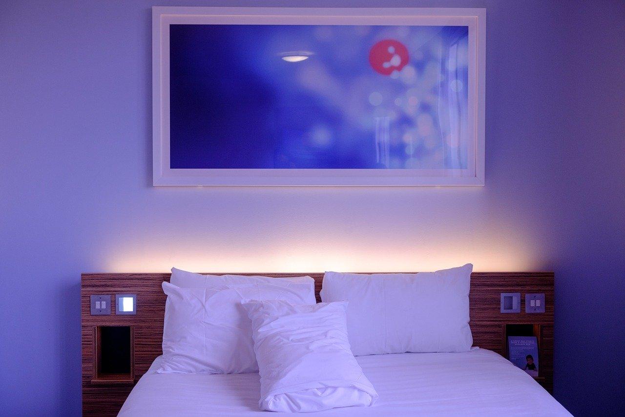 bedroom 1285156 1280