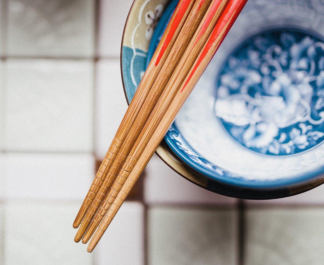chopsticks 932834 1280