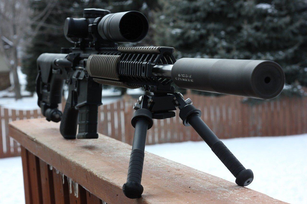 gun 726344 1280